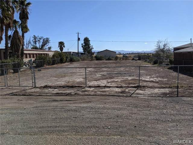 2200 Lone Star Drive, Mohave Valley, AZ 86440 (MLS #983472) :: The Lander Team