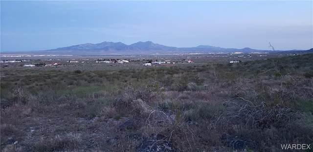 2104 Vista Hermosa Lane, Kingman, AZ 86409 (MLS #983509) :: AZ Properties Team | RE/MAX Preferred Professionals