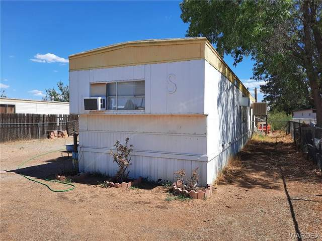 3226 E Suffock Avenue, Kingman, AZ 86409 (MLS #983542) :: AZ Properties Team   RE/MAX Preferred Professionals