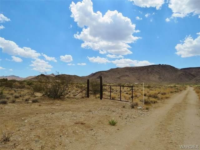 47.28 Acres E Calle Marquez, Kingman, AZ 86409 (MLS #983572) :: AZ Properties Team   RE/MAX Preferred Professionals