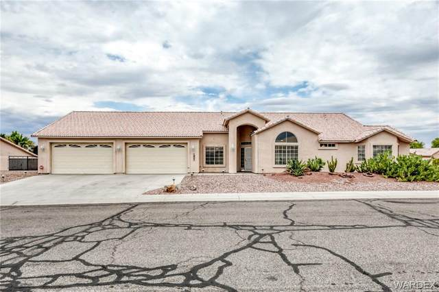 1921 E Clear Lake Drive, Fort Mohave, AZ 86426 (MLS #983702) :: The Lander Team