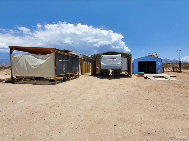 13934 S Douglas Road, Yucca, AZ 86438 (MLS #983734) :: The Lander Team
