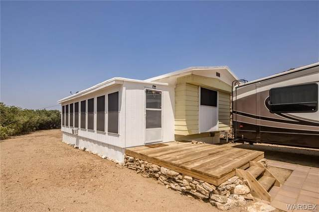 4685 N Thurman Drive, Golden Valley, AZ 86413 (MLS #983797) :: AZ Properties Team | RE/MAX Preferred Professionals