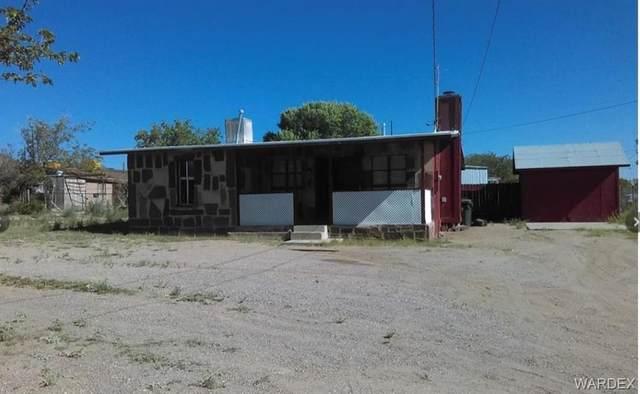 625 E Windsor Avenue, Kingman, AZ 86409 (MLS #983920) :: The Lander Team