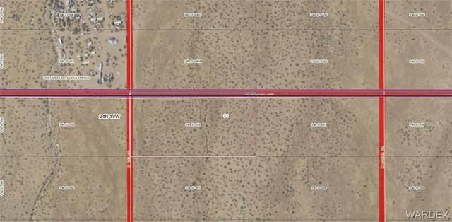 Lot 68 Victoria/Bee, Dolan Springs, AZ 86441 (MLS #983959) :: The Lander Team