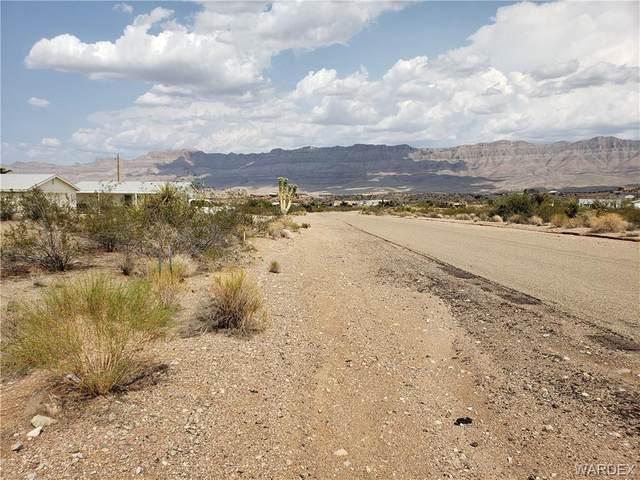 135 E Spencer Drive, Meadview, AZ 86444 (MLS #984089) :: The Lander Team