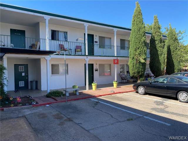 301 Copper Street, Kingman, AZ 86401 (MLS #984163) :: The Lander Team