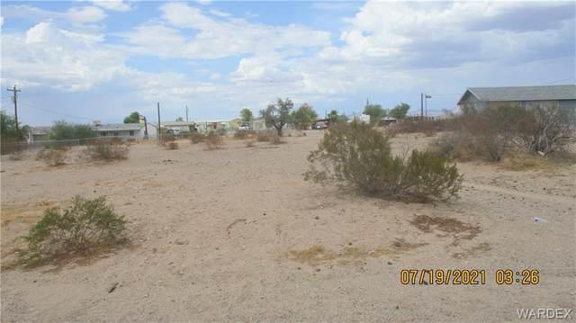 5119 El Mirage Drive, Topock/Golden Shores, AZ 86436 (MLS #984196) :: AZ Properties Team | RE/MAX Preferred Professionals