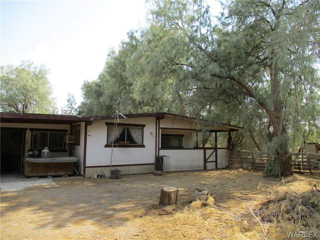 3184 E Old West Dr Drive, Mohave Valley, AZ 86440 (MLS #984205) :: The Lander Team