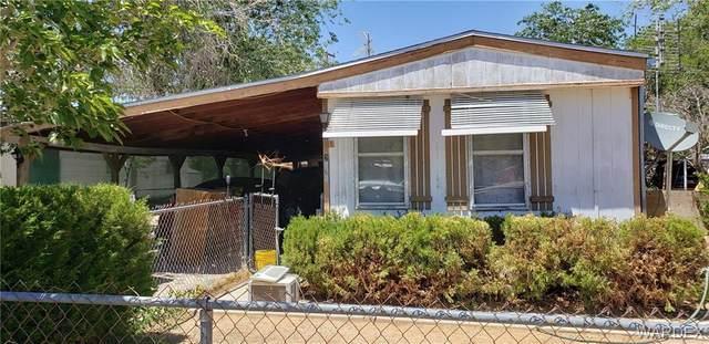 2565 E Lass Avenue, Kingman, AZ 86409 (MLS #984206) :: The Lander Team