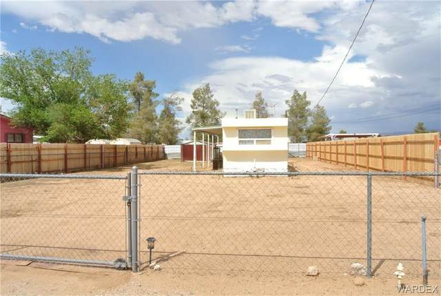 3705 E Diagonal Way, Kingman, AZ 86409 (MLS #984236) :: The Lander Team