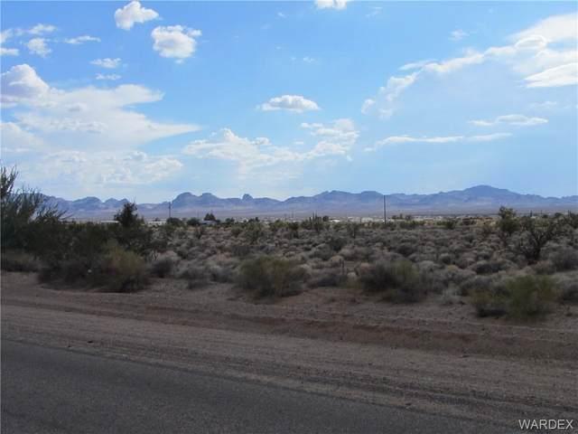 0000 Laguna Rd, Golden Valley, AZ 86413 (MLS #984285) :: The Lander Team