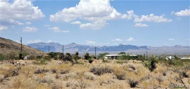 443 S Kelvin Road, Golden Valley, AZ 86413 (MLS #984332) :: The Lander Team