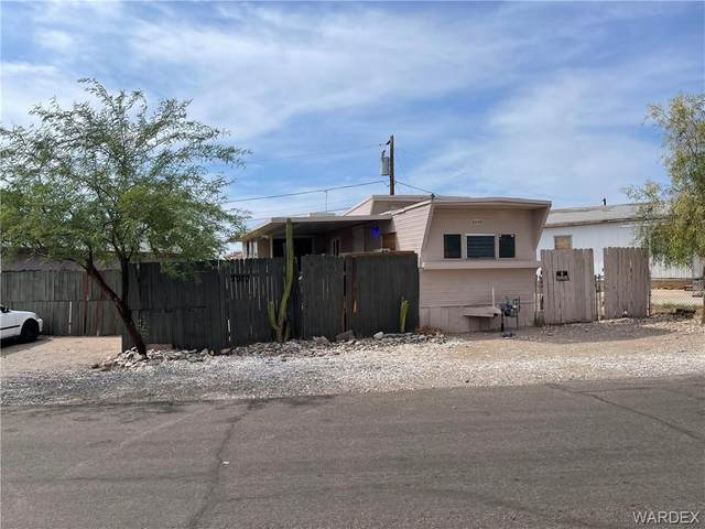 2030 Gregg Lane, Bullhead, AZ 86442 (MLS #984335) :: AZ Properties Team   RE/MAX Preferred Professionals