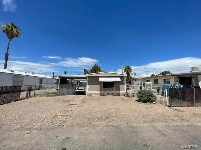 327 Santa Cruz Avenue, Bullhead, AZ 86442 (MLS #984641) :: The Lander Team