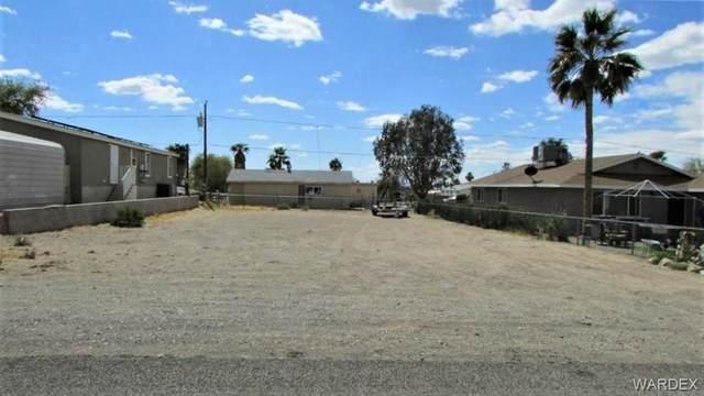1580 E Valencia Road, Fort Mohave, AZ 86426 (MLS #984675) :: The Lander Team