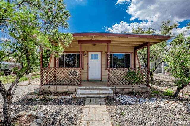3090 E Lass Avenue, Kingman, AZ 86409 (MLS #984719) :: The Lander Team