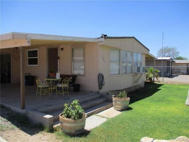 4586 E Linden Dr Drive, Topock/Golden Shores, AZ 86436 (MLS #984851) :: The Lander Team