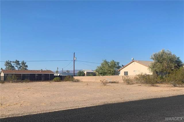 4907 E Pinta Drive, Topock/Golden Shores, AZ 86436 (MLS #985379) :: The Lander Team