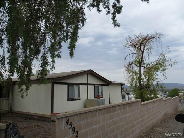 4592 E Kayenta Dr Drive, Topock/Golden Shores, AZ 86436 (MLS #985545) :: The Lander Team