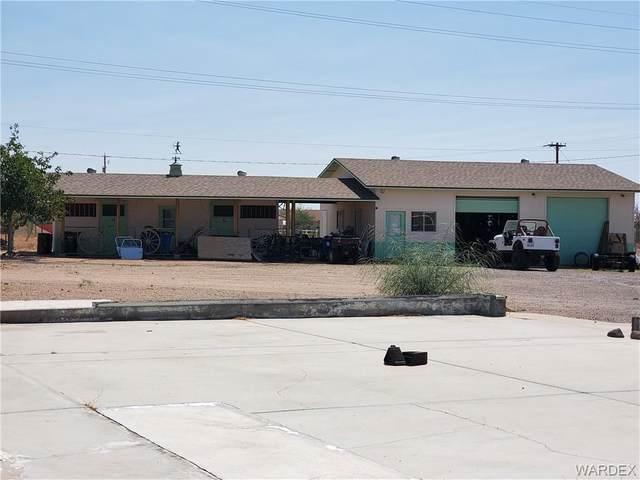 2798 W Mcconnico Road, Golden Valley, AZ 86413 (MLS #985773) :: The Lander Team