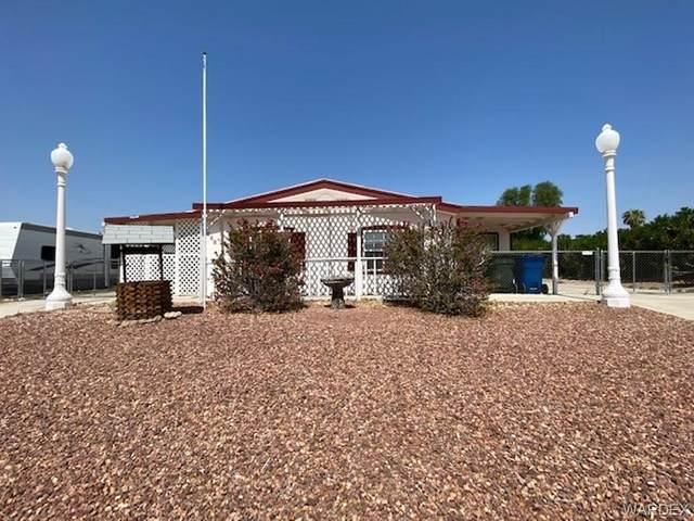 921 Roadrunner Drive, Bullhead, AZ 86442 (MLS #985859) :: The Lander Team