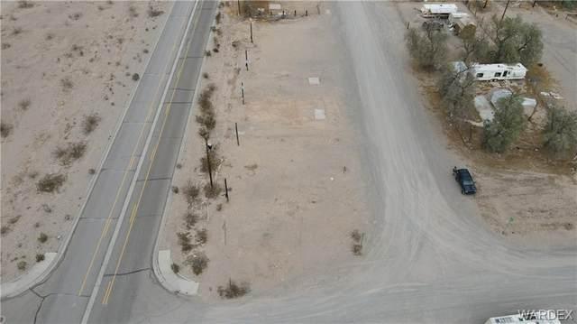 4549 S Patina Road, Fort Mohave, AZ 86426 (MLS #986050) :: The Lander Team