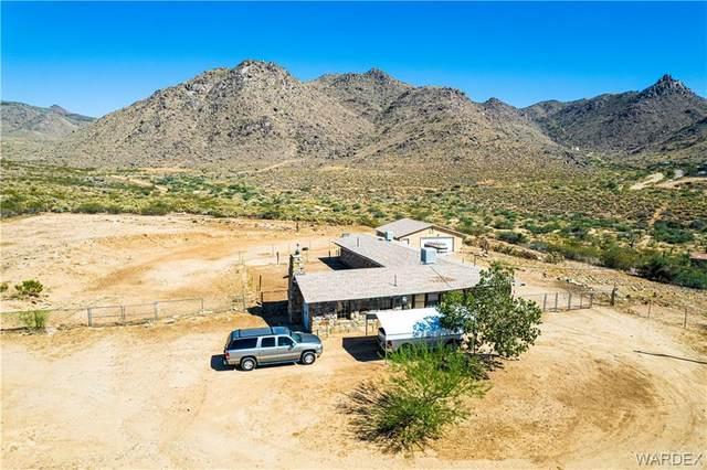4430 N So Hi Boulevard, Golden Valley, AZ 86413 (MLS #986105) :: The Lander Team