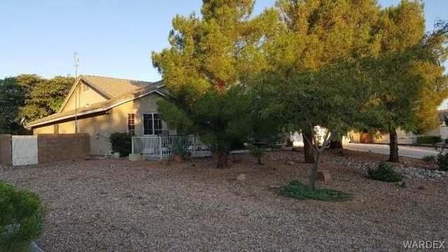 2867 Cimarron Drive, Kingman, AZ 86401 (MLS #986330) :: The Lander Team