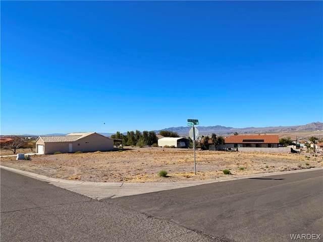 797 Park Crest Drive, Bullhead, AZ 86429 (MLS #986355) :: The Lander Team