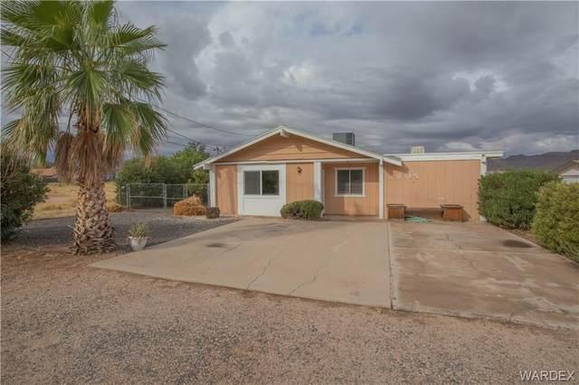 3805 N Roosevelt Street, Kingman, AZ 86409 (MLS #986439) :: The Lander Team