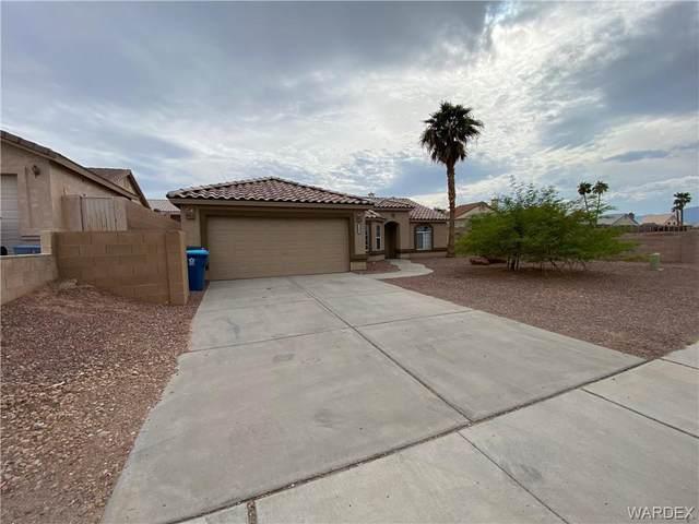 1566 Kalil Drive, Bullhead, AZ 86442 (MLS #986543) :: The Lander Team
