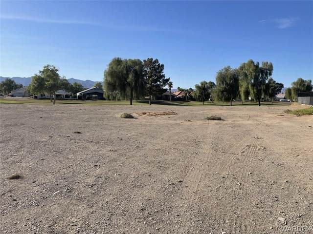 5743 S Club House Drive, Fort Mohave, AZ 86426 (MLS #986667) :: The Lander Team