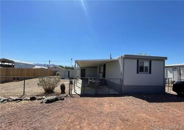 2107 Lakeside Drive, Bullhead, AZ 86442 (MLS #986693) :: The Lander Team