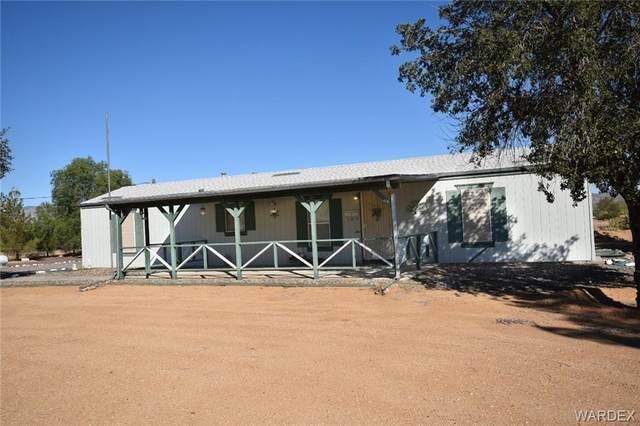 3634 N Hassayampa Road, Golden Valley, AZ 86413 (MLS #986765) :: The Lander Team