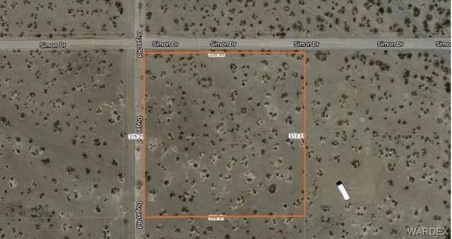 4226 N Dugas Road, Golden Valley, AZ 86413 (MLS #986770) :: The Lander Team