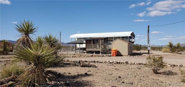 7431 W Shipp Drive, Golden Valley, AZ 86413 (MLS #986773) :: The Lander Team