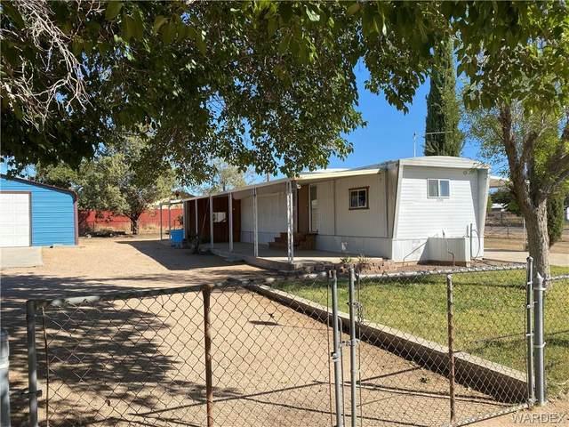 2795 E Thompson Avenue, Kingman, AZ 86409 (MLS #986876) :: The Lander Team