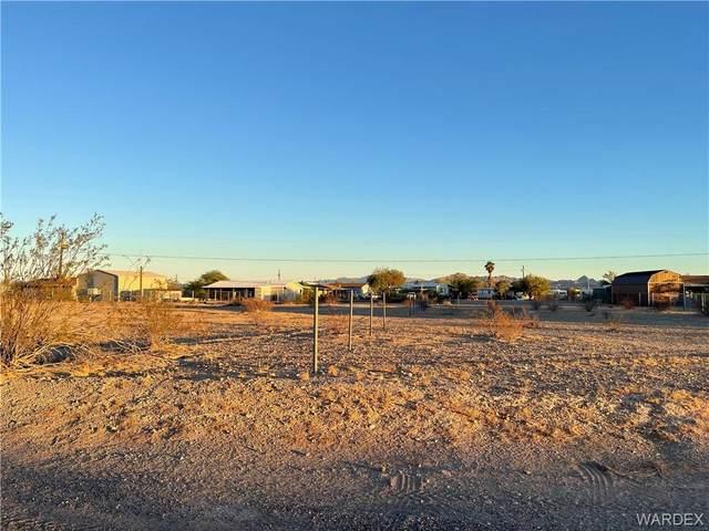 13148 Cove Pkwy, Topock/Golden Shores, AZ 86436 (MLS #987058) :: The Lander Team