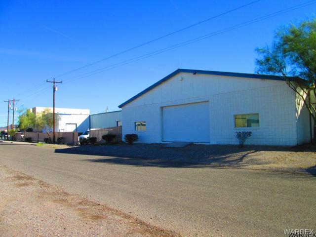 160 Lee Avenue, Bullhead, AZ 86429 (MLS #908650) :: The Lander Team