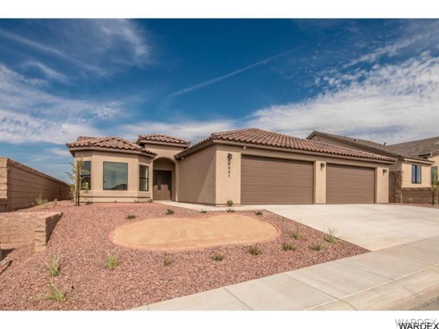 6021 Columbia Avenue, Fort Mohave, AZ 86426 (MLS #930310) :: The Lander Team