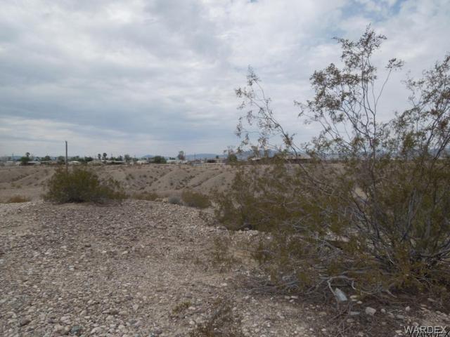 5527 S Topaz Street, Fort Mohave, AZ 86426 (MLS #930635) :: The Lander Team