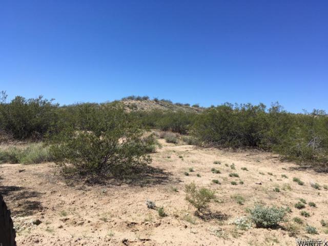 26 Windmill, Kingman, AZ 86401 (MLS #932822) :: The Lander Team