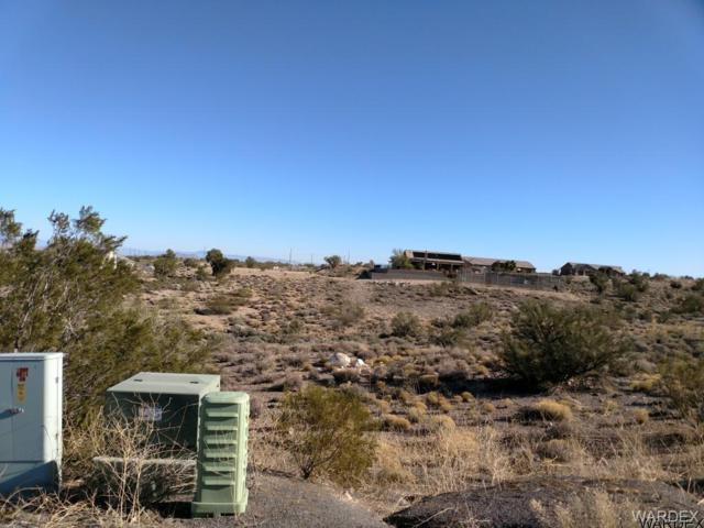 3297 Cerritos Lane, Kingman, AZ 86401 (MLS #938166) :: The Lander Team