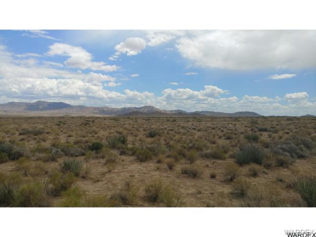 lot 5 Amigo/Amarillo, Kingman, AZ 86401 (MLS #940649) :: The Lander Team