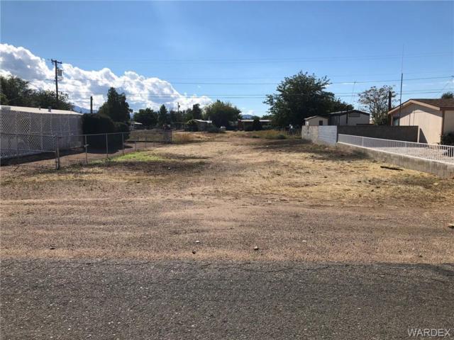2354 E Thompson Avenue, Kingman, AZ 86409 (MLS #952727) :: The Lander Team