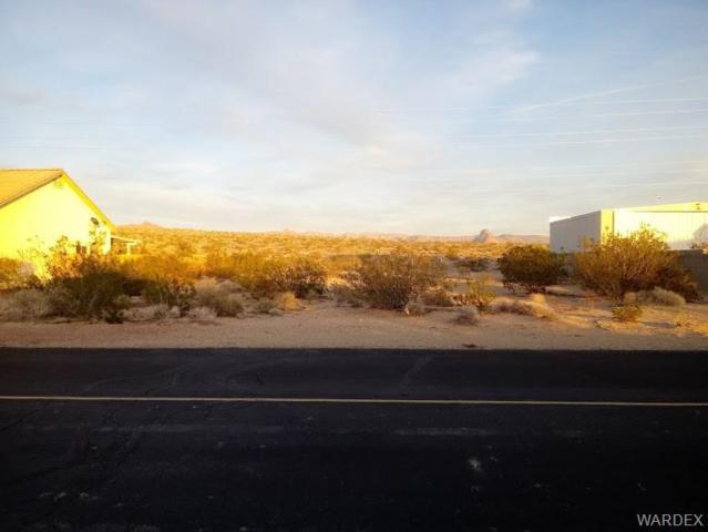 5144 S Antelope Drive, Fort Mohave, AZ 86426 (MLS #955250) :: The Lander Team