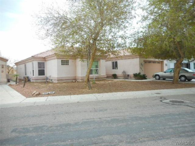 10718 S Fountain Cove, Mohave Valley, AZ 86440 (MLS #956730) :: The Lander Team