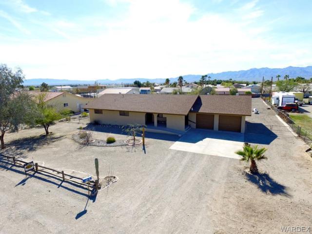 5215 S El Ganadero Drive, Fort Mohave, AZ 86426 (MLS #956814) :: The Lander Team