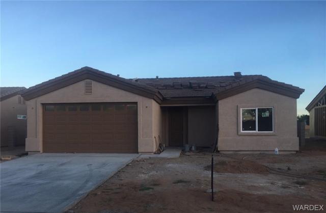 3300 E Cane Drive, Kingman, AZ 86409 (MLS #959087) :: The Lander Team